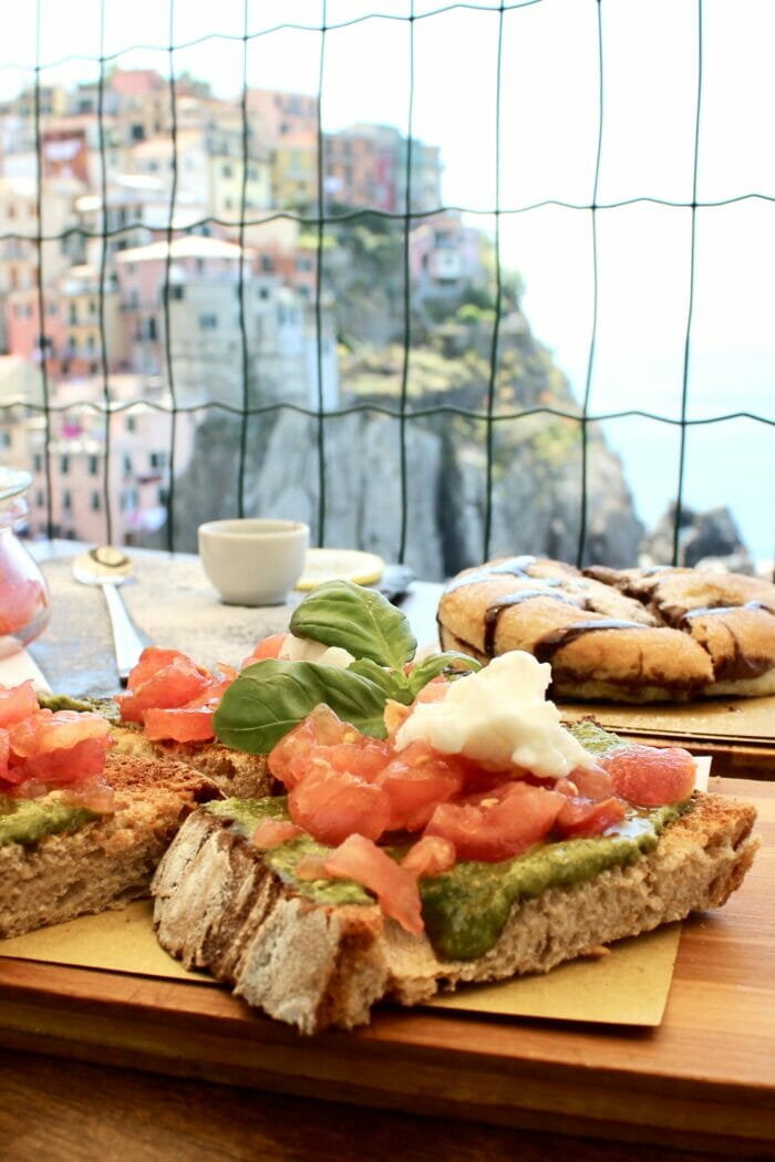 Nessun Dorma Manarola: The Best Lunch in Cinque Terre