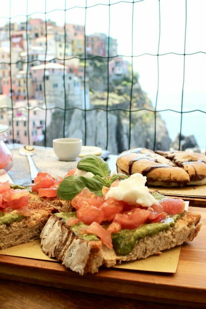 Nessun Dorma Manarola: The Best Lunch in Cinque Terre
