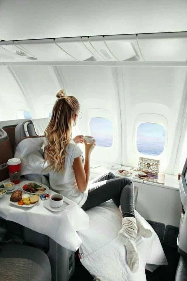 The Best Airplane Snacks for Long Flights