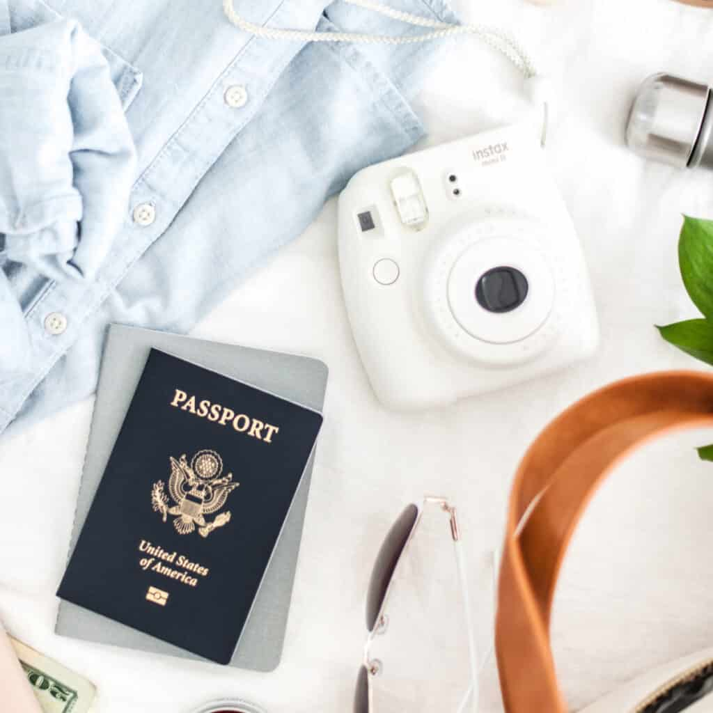Best Gifts for Study Abroad Students